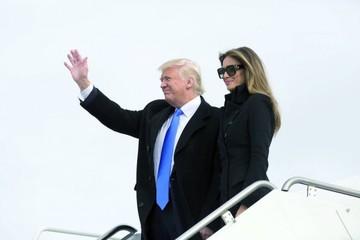 Trump asume el cargo en medio de visible tensión