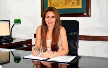 Ministra Prado trabajó para Usaid, según nota institucional de Fonplata