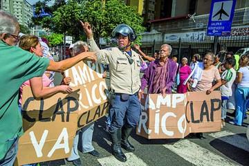 La oposición venezolana pide cambiar de formato
