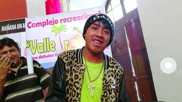 Ronald, la celebridad de las redes, está en Sucre