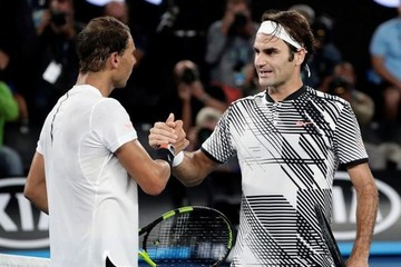 Federer gana por quinta vez el Abierto de Australia y su 18 grande