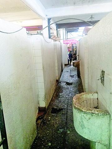 Urgen limpieza y obras en el Mercado Central