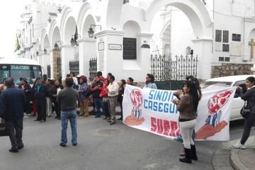 En suspenso la huelga general indefinida anunciada por trabajadores de la CNS