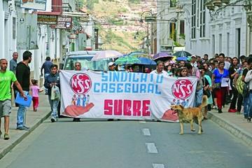 Trabajadores de la CNS dejan en suspenso huelga indefinida