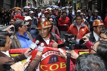 Se suspende paro de la CNS y trabajadores aguardarán negociaciones de la COB