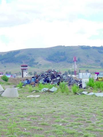 Hay preocupación sobre la basura del aeropuerto