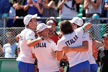 Italia elimina al campeón