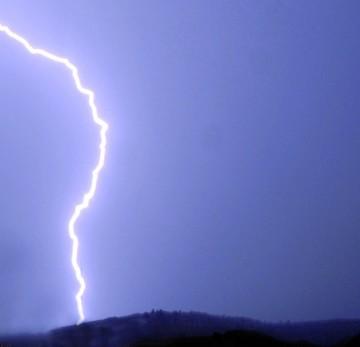 Sube a cuatro la cifra de muertos por tormentas