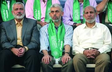 """Hamas elige como líder en Gaza a un militante """"duro"""""""