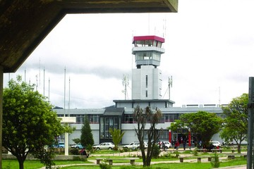 Aeropuerto de Chimoré  tiene equipos de Sucre