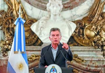 """Macri admite """"error"""" en acuerdo con su familia"""