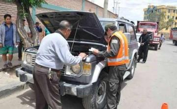 Policía amplía por 30 días más el plazo para la inspección técnica vehicular
