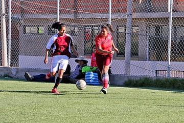 Impulsan el fútbol femenino