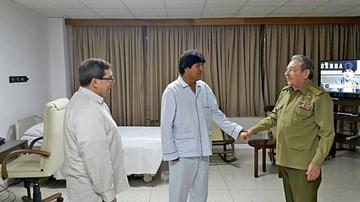 Evo viaja a Venezuela desde Cuba antes de volver al país