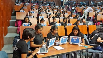 Presentan innovaciones para facilitar la formación escolar