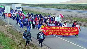 La marcha de maestros reporta primeras bajas