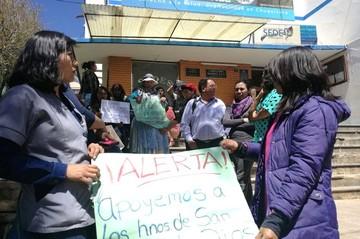 Vigilia en el SEDES por posible alejamiento de juandedianos de Institutos