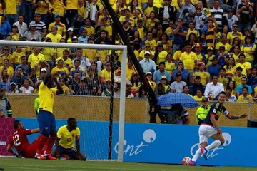 Colombia se acerca a Rusia y Ecuador se aleja de plazas de clasificación