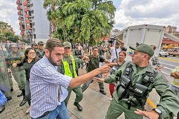 Denuncian golpe: Tribunal Supremo deja a Venezuela sin Parlamento