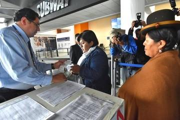 Familiares de bolivianos detenidos viajan a Chile y anuncian denuncia ante la CIDH
