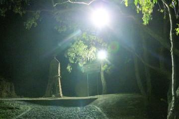Instalan reflectores en la ruta al cerro Churuquella