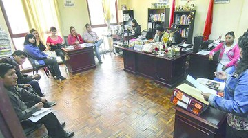 Envían a prisión a ex funcionario edil por caso Katanas