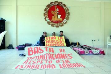 No hay diálogo; ayer dejaron la huelga de hambre dos maestros
