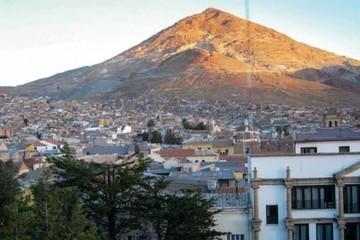 """Potosí: Turista argentino muere por """"mal de altura"""" en Cerro Rico"""