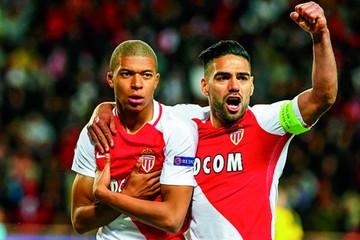 Falcao y Mbappé le dan el liderato al Mónaco