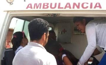 """Ministerio de Salud atribuye desmayo de 13 niñas a una """"reacción exagerada"""""""