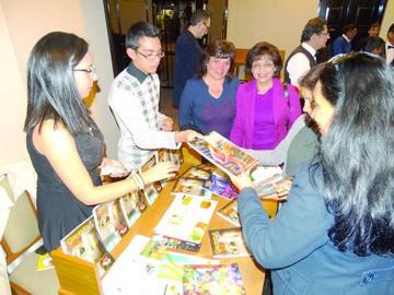 "Para ayudar, venden libro ""Cocinando desde Sucre"""