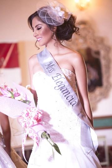 Elección de Miss Elegancia y Mejor Rostro