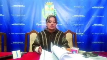 Siñani lanza denuncias contra Derechos Reales