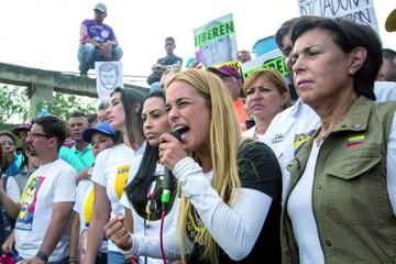 Maduro le dice adiós a la OEA y acusa a Almagro de malversación