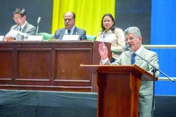 Salida de Venezuela de la OEA es nula: Parlamento