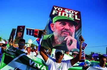 Cuba rinde homenaje al Che y Fidel en 1 de Mayo