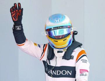 Hamilton parte primero y Alonso promete en España