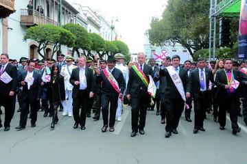 25 de Mayo: Gobierno dejó satisfacción y descontento