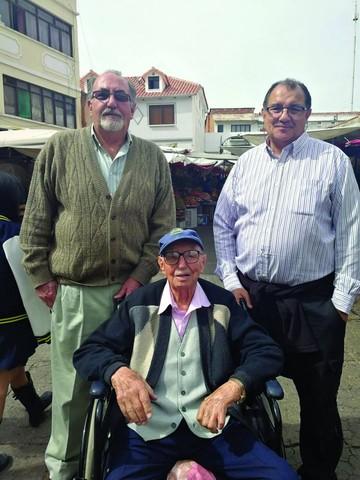 25 de Mayo: Homenaje desde el cielo en 1945