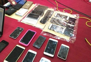 Sucre: Policía recupera una veintena de celulares y aprehende a 11 antisociales