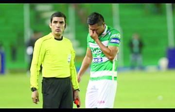 Deni Bejarano, baja en Oriente para la Copa Sudamericana