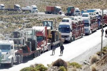 Aduaneros de Chile levantan paro tras diez días de perjuicio para bolivianos