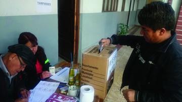 Rodrigo Echalar gana las elecciones del magisterio