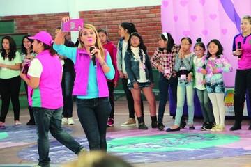 """Colegio participa de taller  """"Yo soy mi primer amor"""""""
