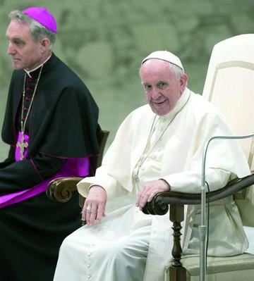 El Papa pide unidad en fiesta de Pentecostés