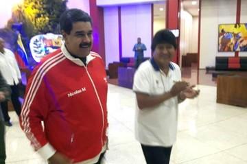 Morales le dice a Maduro que está dispuesto a defender a Venezuela
