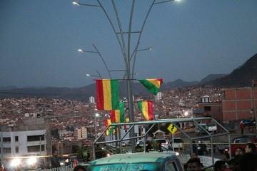 Se robaron 2.400 metros de cable eléctrico de la avenida Juana Azurduy de Padilla