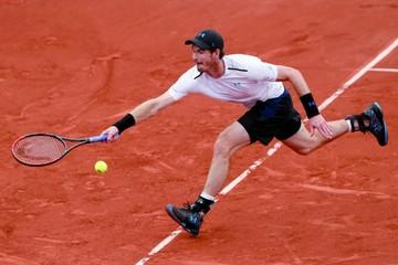 Tenis: Favoritos avanzan