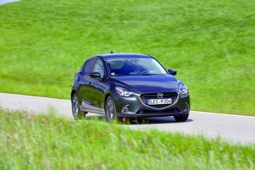 Mazda mejora modelos con asistente de manejo