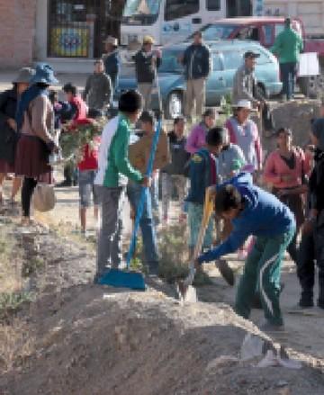 Campaña recoje 14 volquetas de basura en El Tejar